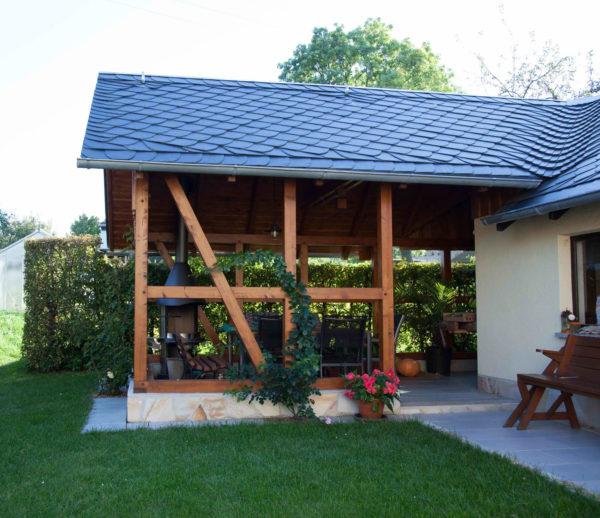 Zimmerei Carport: Zimmerei & Palettenbau
